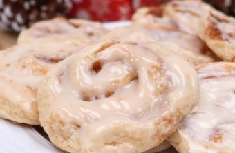 soft cinnamon roll cookies