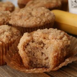 banana bread streusel muffins
