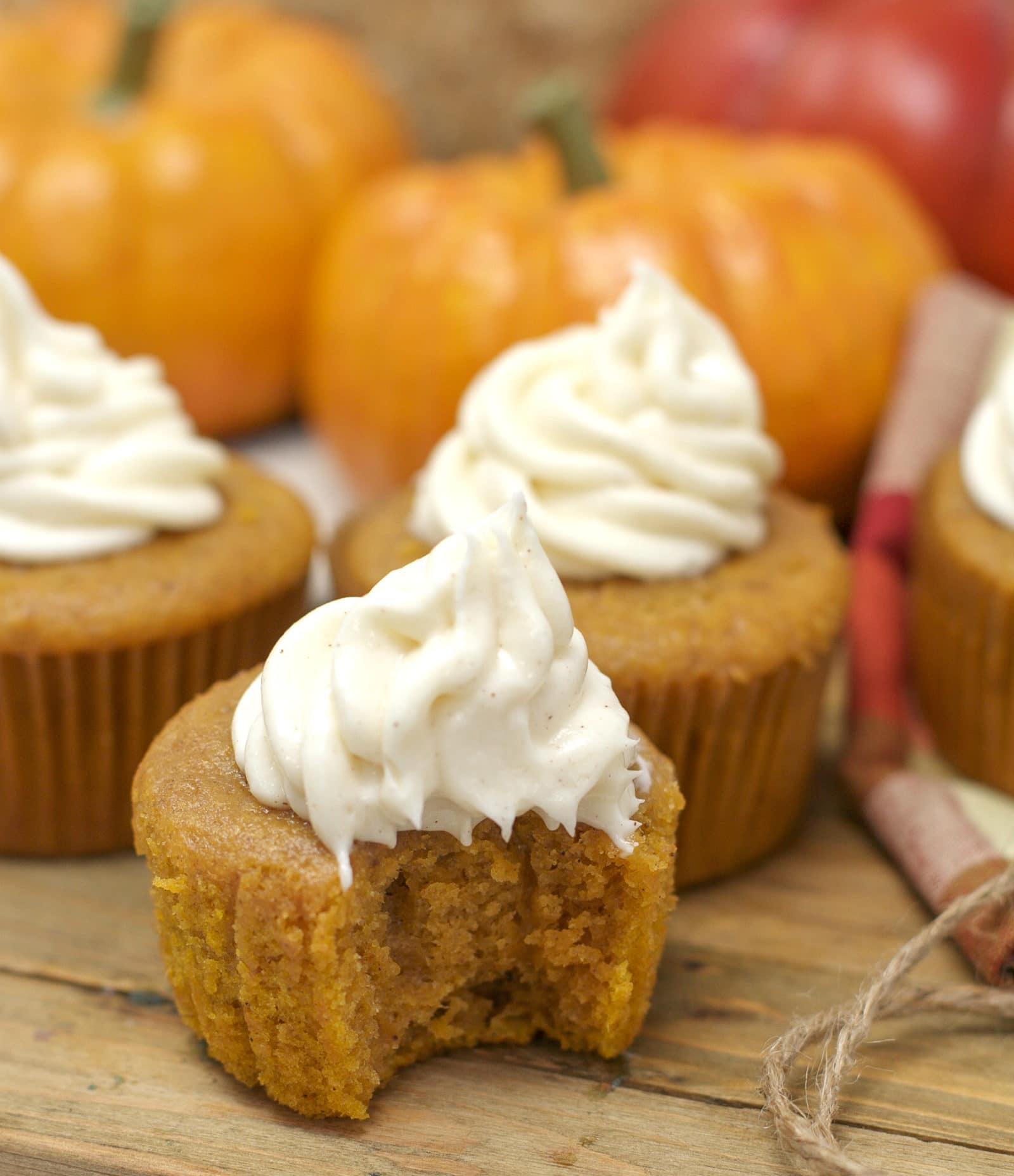 easy pumpkin cupcakes recipe