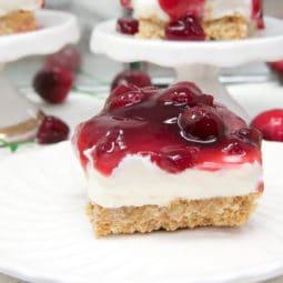 no-bake cherry cheesecake bars