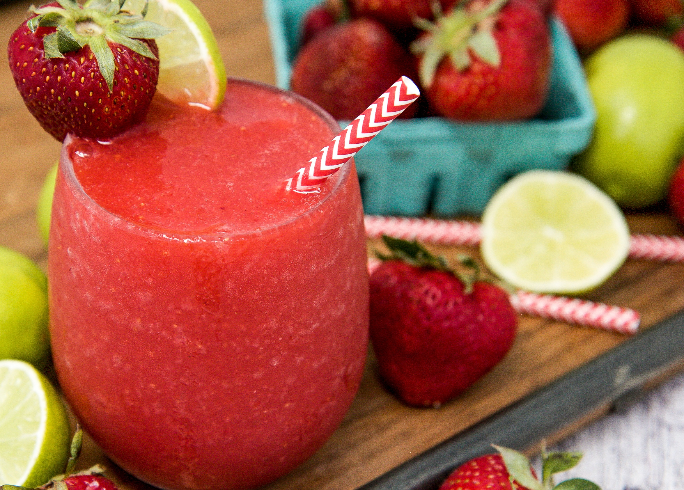 how to make frozen strawberry daiquiri